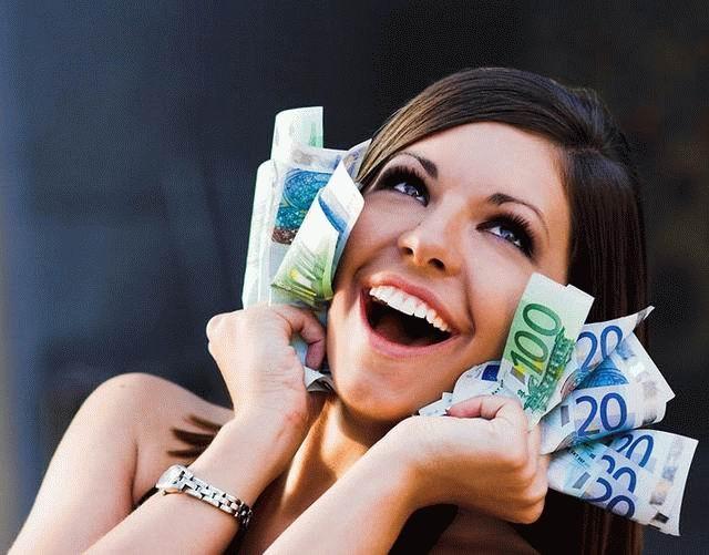 Можно-ли-быть-счастливым-без-денег-и-богатсва