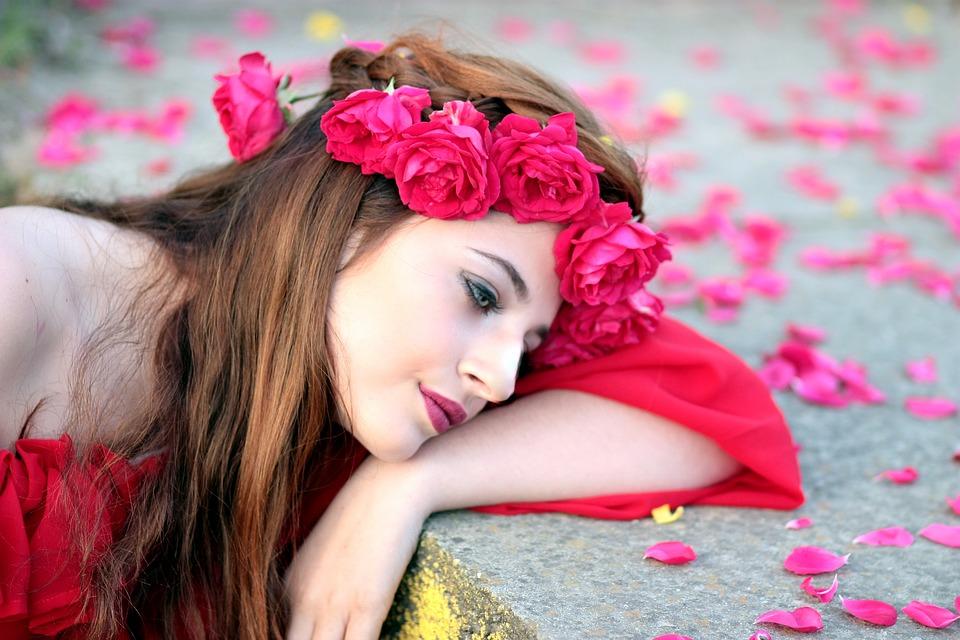 girl-1403432_960_720