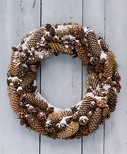 awesome-christmas-wreath-pictures-with-astounding-pine-cone-and-archaic-white-wooden-also-fresh-white-snows