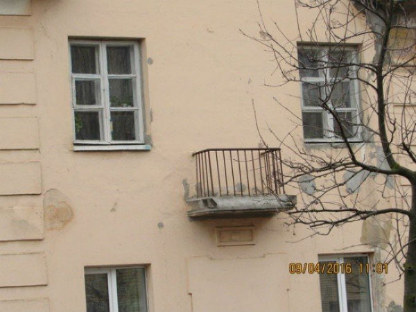 17-dokazatelstv-togo-chto-russkie-balkony-vsem-balkonam-balkony_001