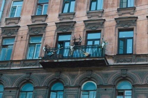 17-dokazatelstv-togo-chto-russkie-balkony-vsem-balkonam-balkony_017