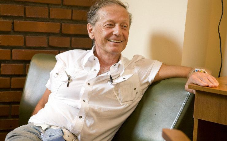 Умер российский писатель-сатирик, юморист Михаил Задорнов.