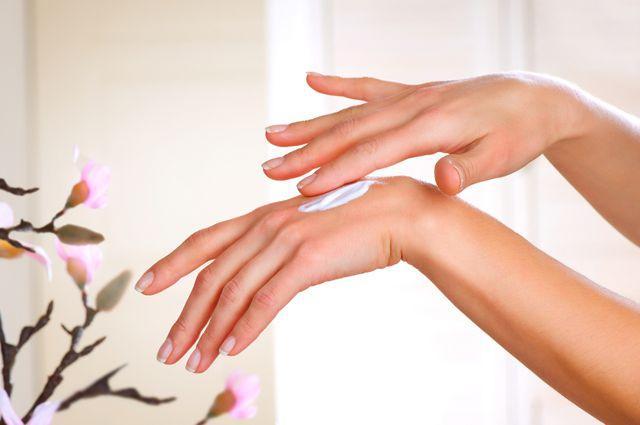 Правильный уход за кожей рук зимой