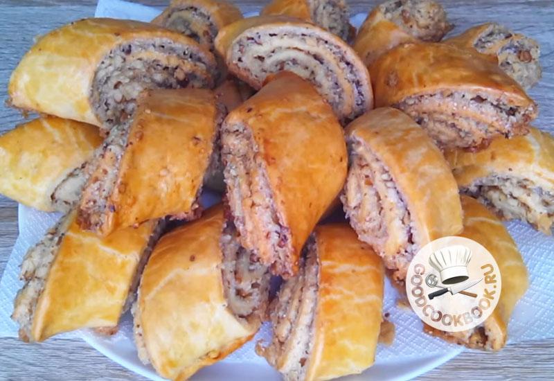 Вкусная выпечка Гата: Слоеная с ореховой начинкой
