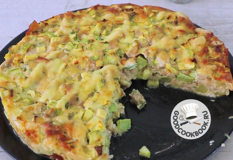 Заливной пирог с курицей и кабачком: Вкусный и простой обед